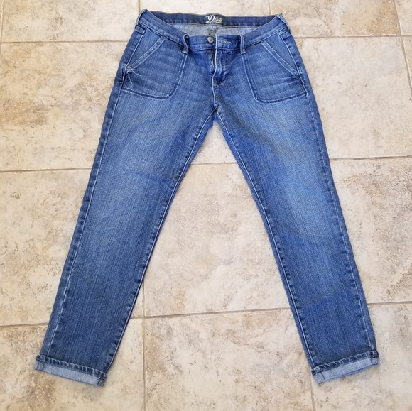 Old Navy Denim - Old Navy Good Condition Diva Skinny Blue Jeans!